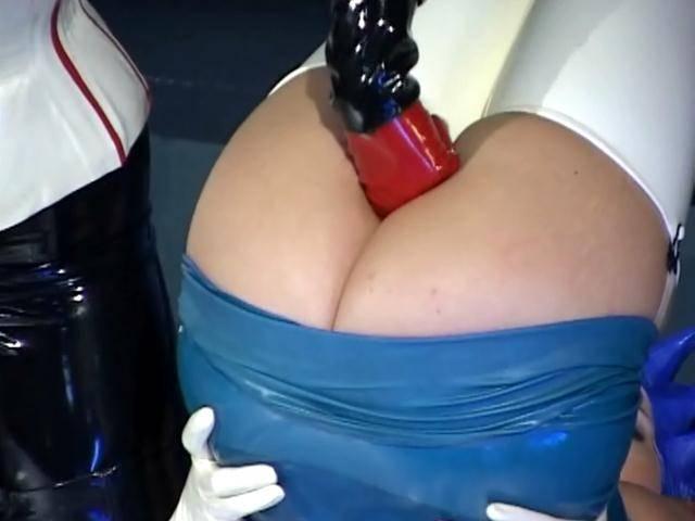 Bald lesbian mistress masturbating two succulent pussies